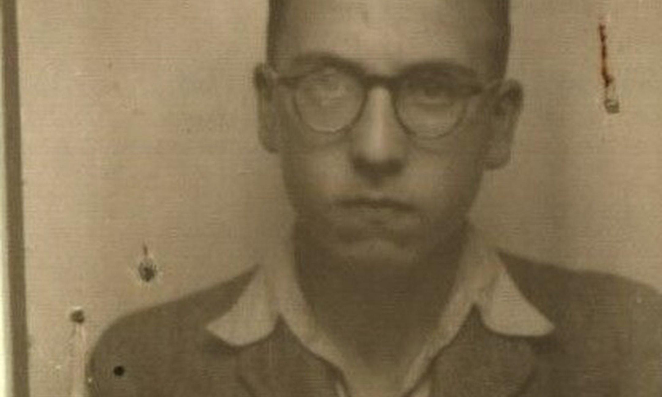 Moshe Flinker schreef in zijn dagboek over zijn worsteling met het geloof als gevolg van de Jodenvervolging door de nazi's.