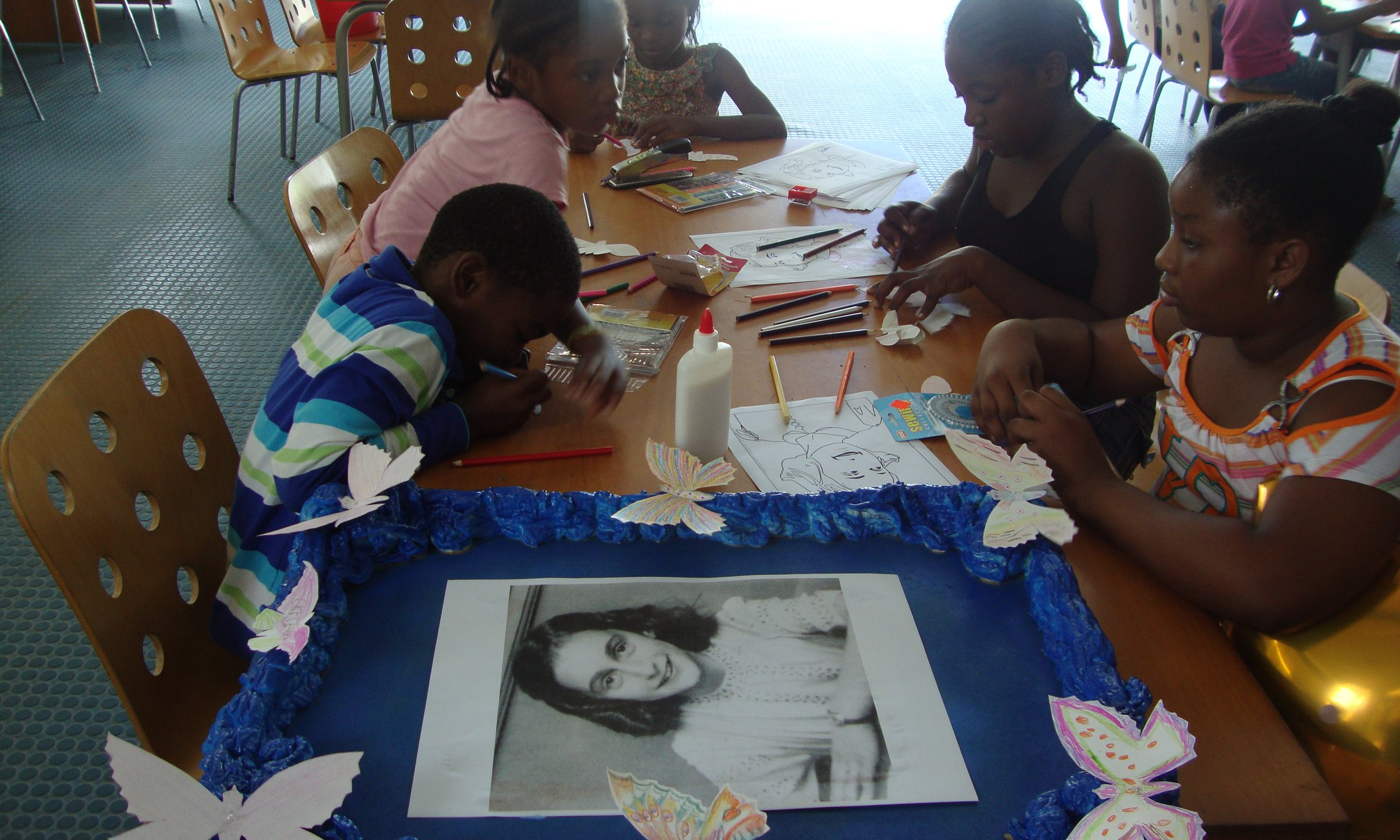 Art and Craft about Anne Frank for children from 6 till 12 years old, Philipsburg Jubilee Library, St Maarten (2012)