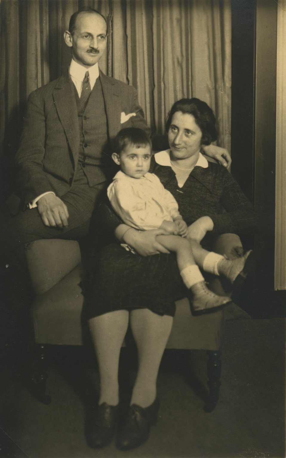 Otto, Edith, and Margot, 1928.