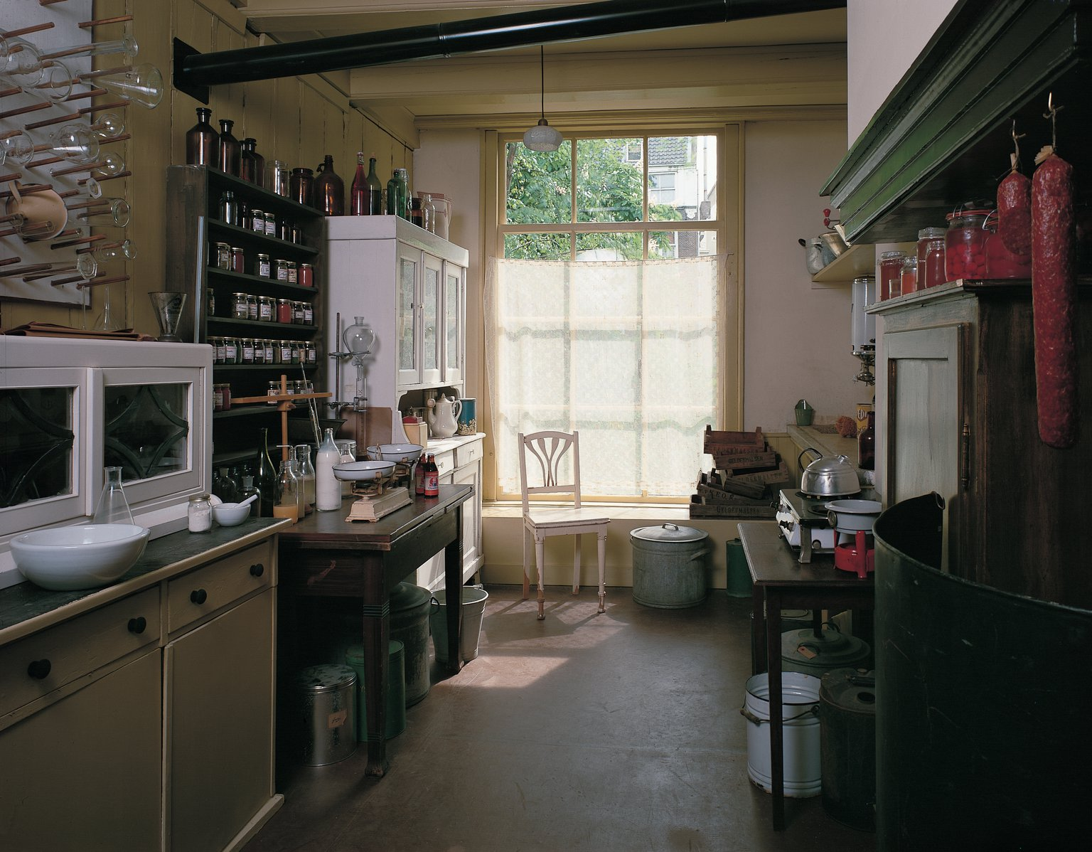 The office kitchen, reconstruction (1999).