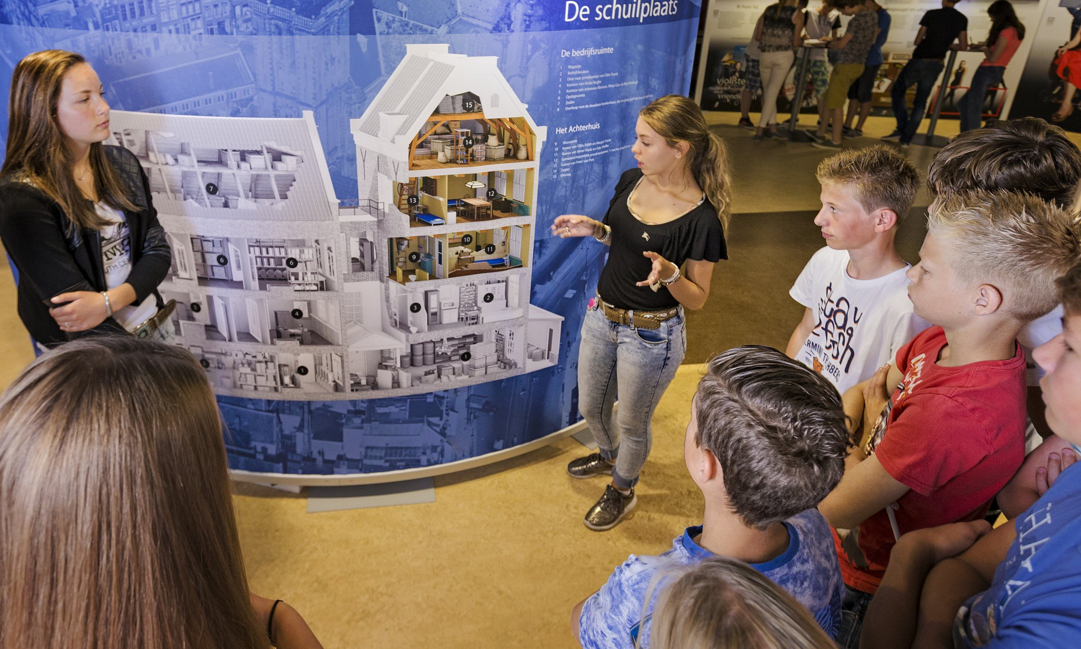 Peer guide in exhibition 'Let me be myself, the life story of Anne Frank'