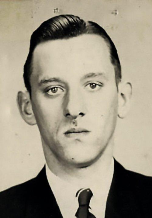 Karl Josef Silberbauer, rond 1943